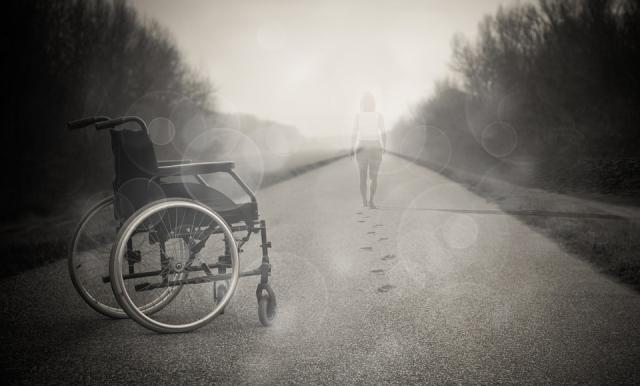 Cura per la sclerosi multipla: farmaci e cure alternative